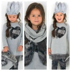 Vestido punto niña gris de Elisabeth Puig